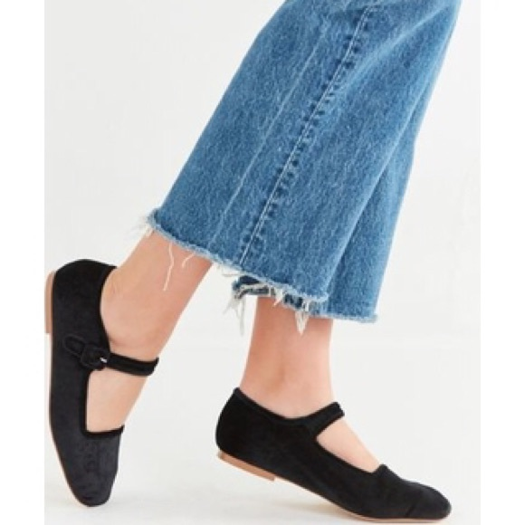 Urban Outfitters Shoes Urban Outfitters Velvet Maryjane Flats Poshmark